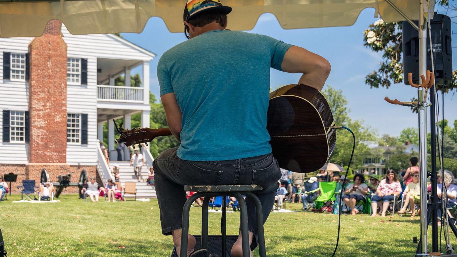 Music at Edenton NC waterfront